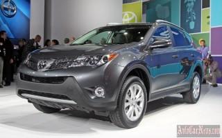 Японцы пересмотрели комплектации кроссовера Toyota RAV4