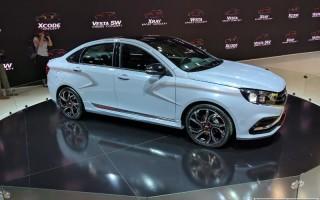 АвтоВАЗом представлены спортивные модификации Lada XRAY и Vesta