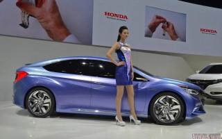 Пекин 2014 – Honda Concept B Hybrid 2015