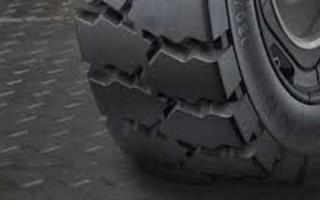 Напольные резиновые покрытия для гаража: их отличия и особенности