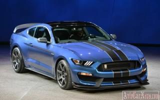Детройт 2015: бренд Ford представил трековую модель Mustang Shelby GT350R