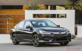Обновленный седан Хонда Аккорд получил Apple CarPlay и Android Auto