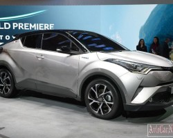Японцы представили первый в мире компактный SUV Toyota C-HR Hybrid