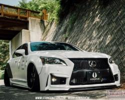 Тюнинговый Lexus LS460 GT-VIP от ателье Aimgain (Япония)