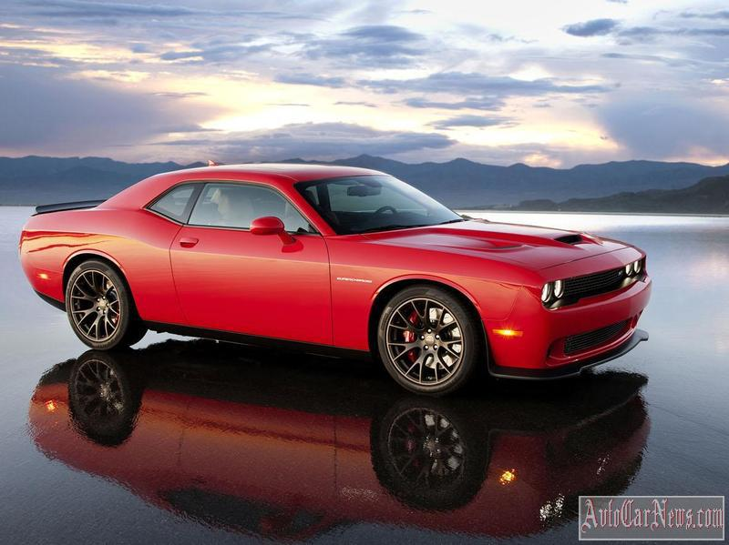 2014 Dodge Challenger SRT HellCat Coupe Photo