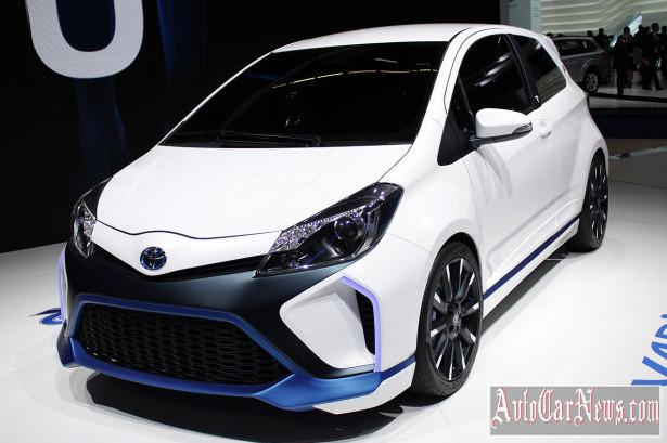 2014 Toyota Yaris Hybrid R Frankfurt photo