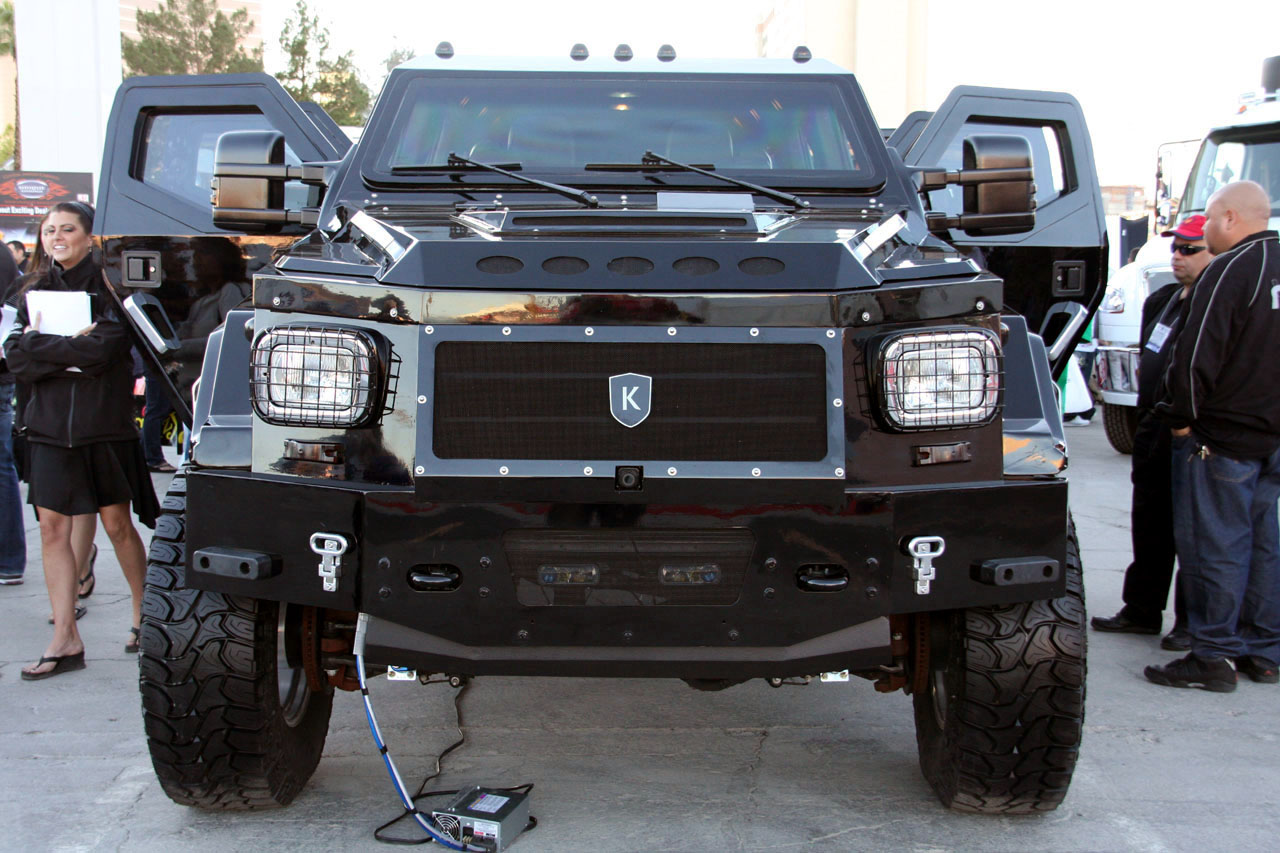 Knight XV Armored Vehicles Photos