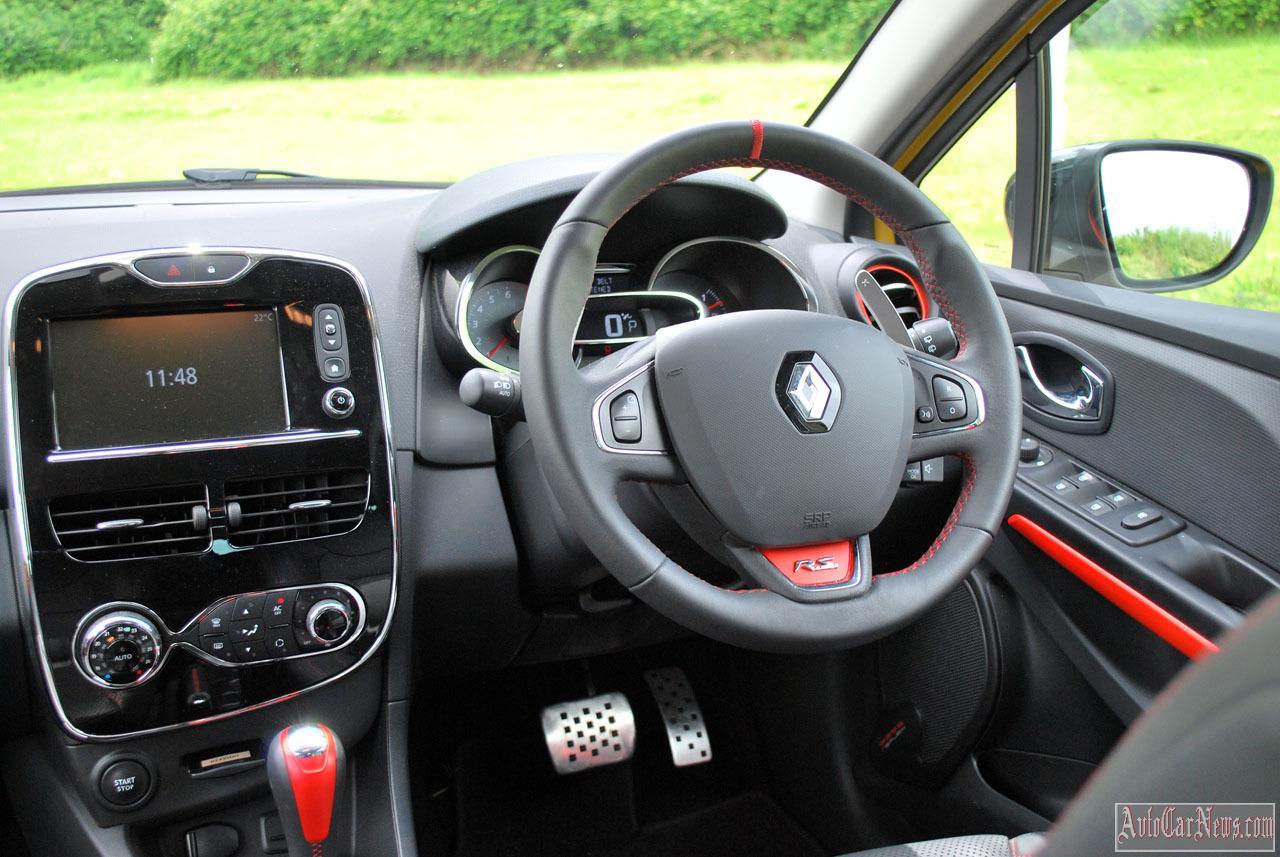 2014 Renault Clio RS200 Turbo Photos