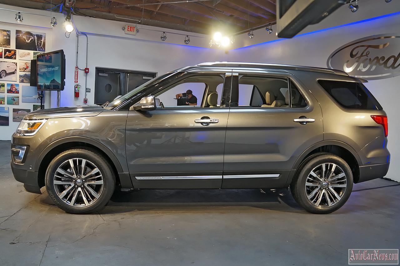 2015 Ford Explorer Live Reveal Photos