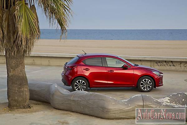 New Sedan 2015 Mazda 2 Photos
