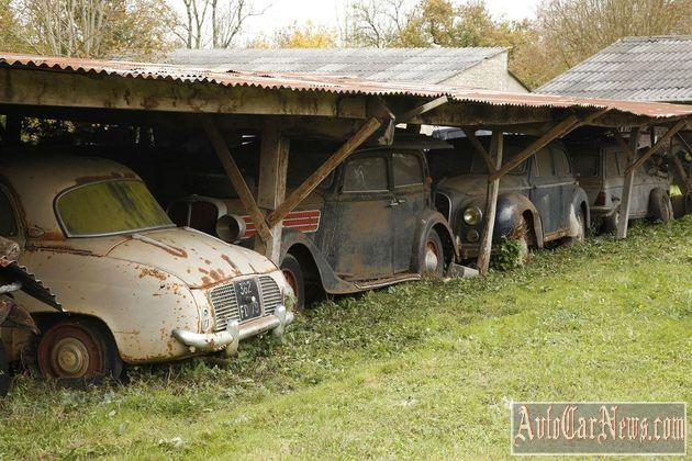 60_automobiles_de_la_collection_baillon-08