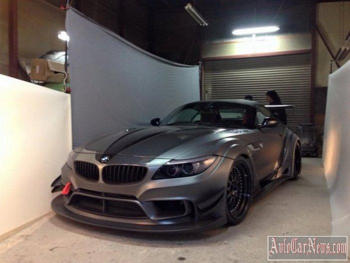 2015 BMW Z4 at Varis Photo
