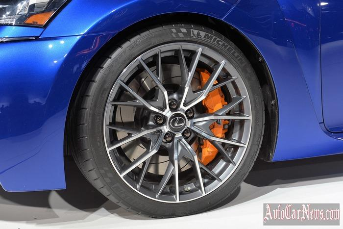 2016 Lexus GS F Detroit Photo