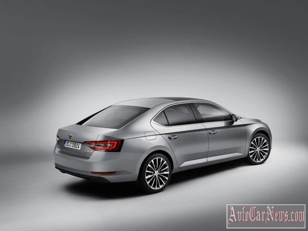 2016_Skoda_Superb_Photo-23