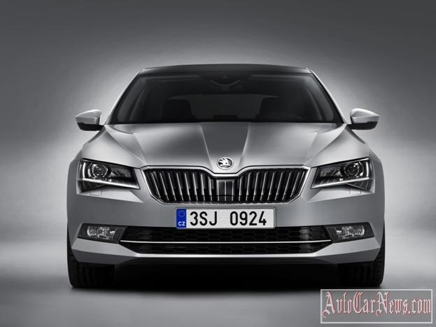 2016_Skoda_Superb_Photo-25