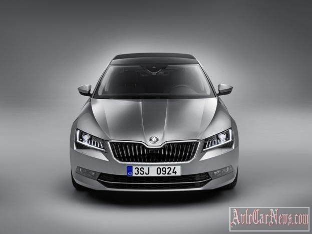 2016_Skoda_Superb_Photo-26