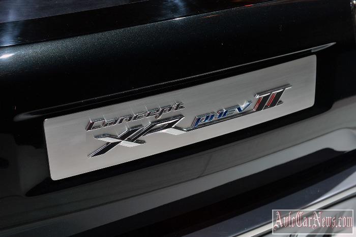 Mitsubishi XR-PHEV II Concept: Geneva 2015 Photo