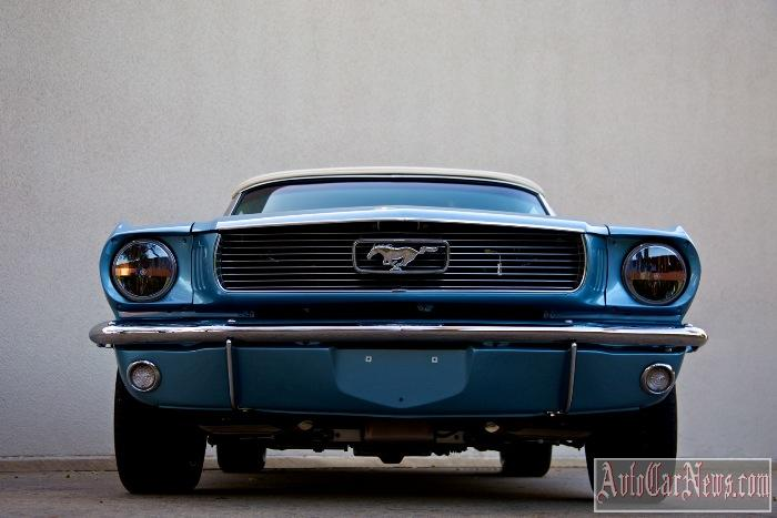 2015 Revology Mustang Replica Photo