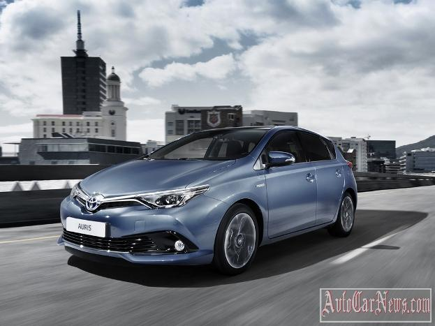 2015 Toyota Auris Geneva Photo