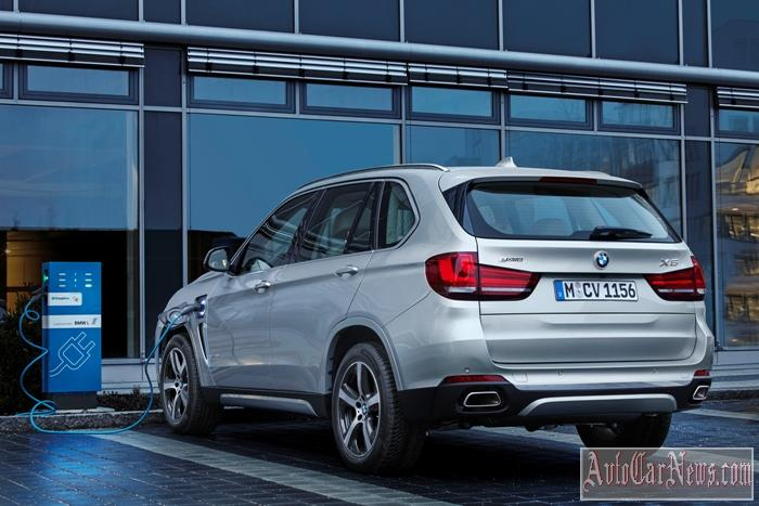 2016_BMW_X5_xDrive40e_Photo-35