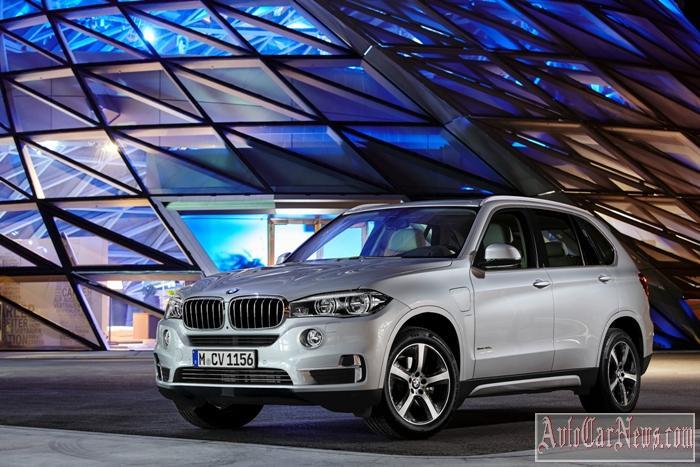 2016_BMW_X5_xDrive40e_Photo-38