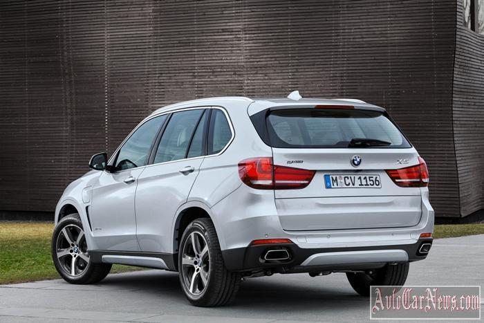 2016_BMW_X5_xDrive40e_Photo-39