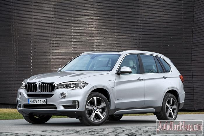 2016_BMW_X5_xDrive40e_Photo-40
