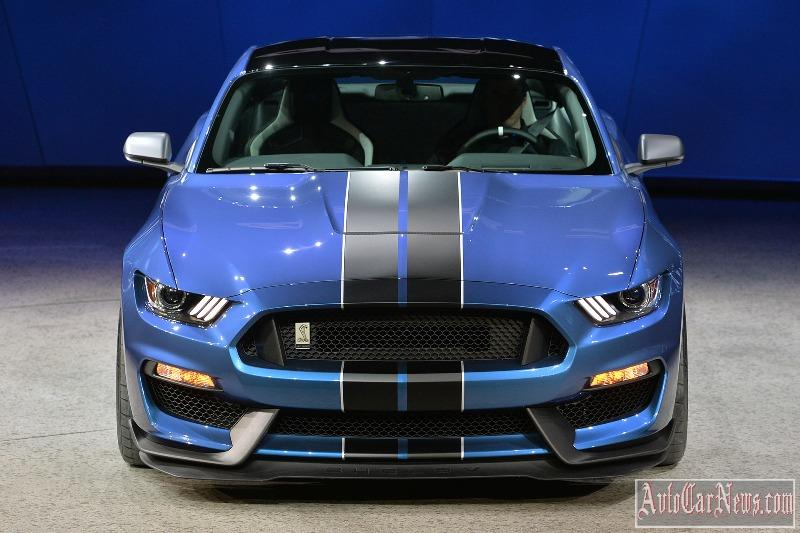 2016-shelby-gt350r-photo-11