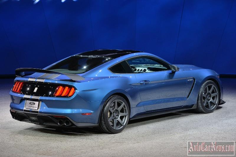 2016-shelby-gt350r-photo-14