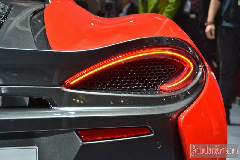 2016_McLaren_540C_Coupe_Photo-05