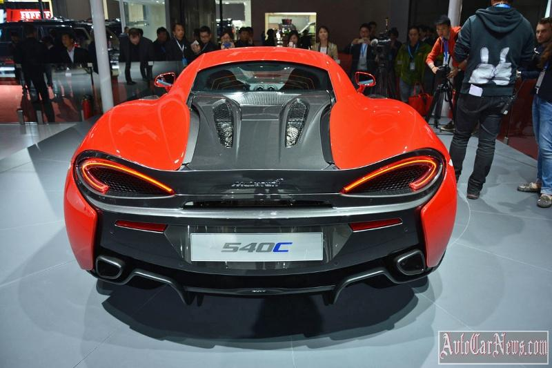 2016_McLaren_540C_Coupe_Photo-06