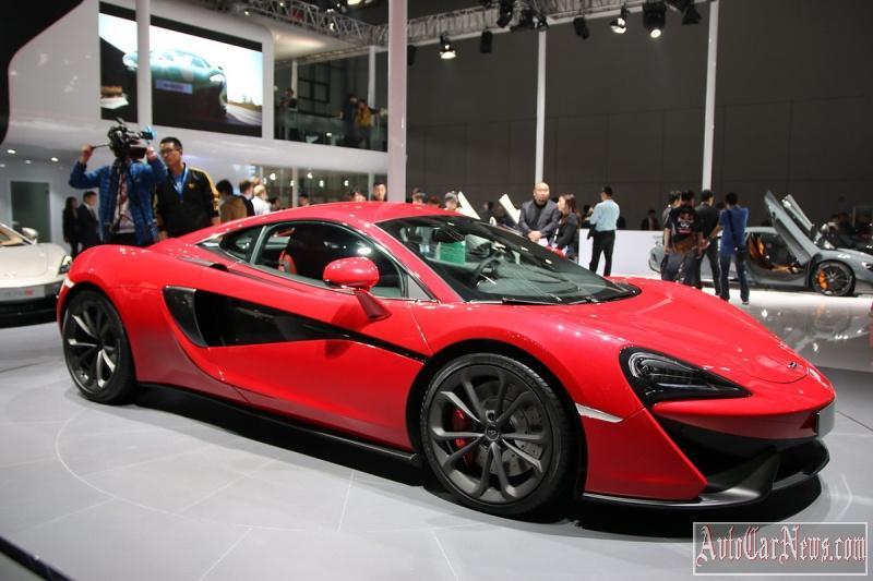 2016_McLaren_540C_Coupe_Photo-12