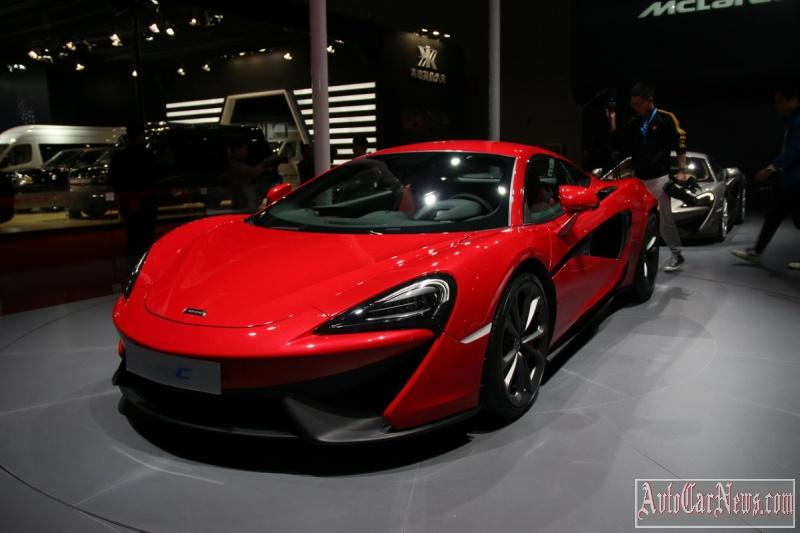 2016_McLaren_540C_Coupe_Photo-14