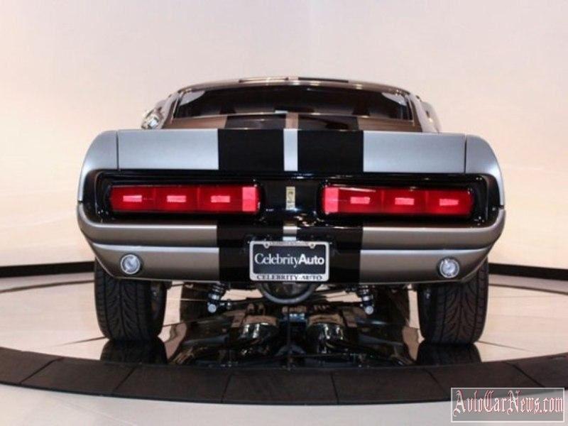 Ford-Mustang-Shelby-GT500'67-photo-12