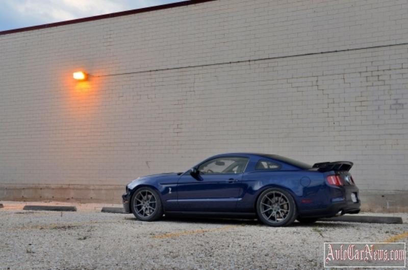 2011-shelby-mustang-gt500-03