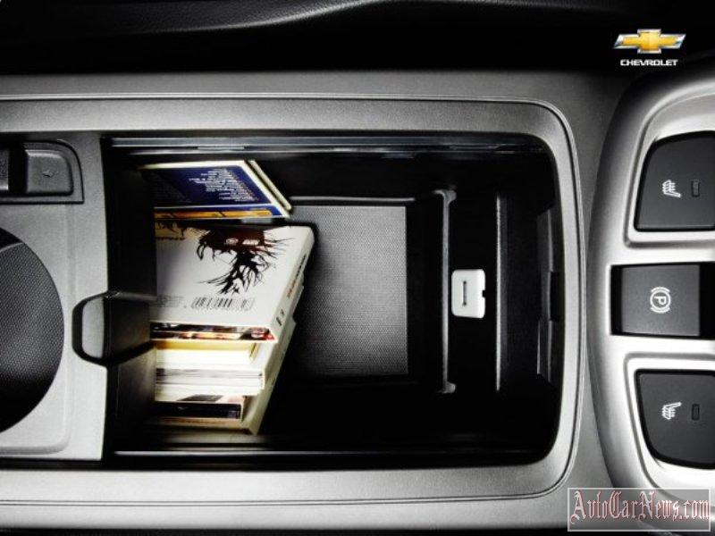2014_chevrolet_captiva_photo-11