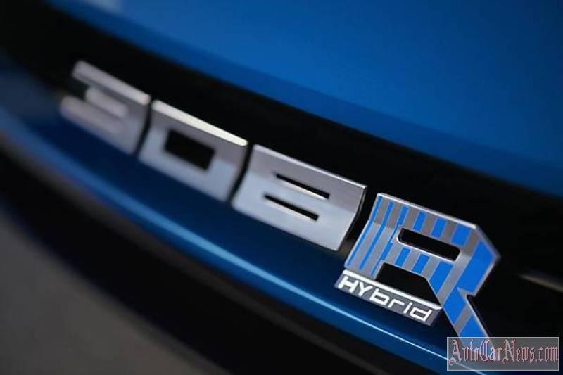 2015_Peugeot_308_R_HYbrid_Concept-07