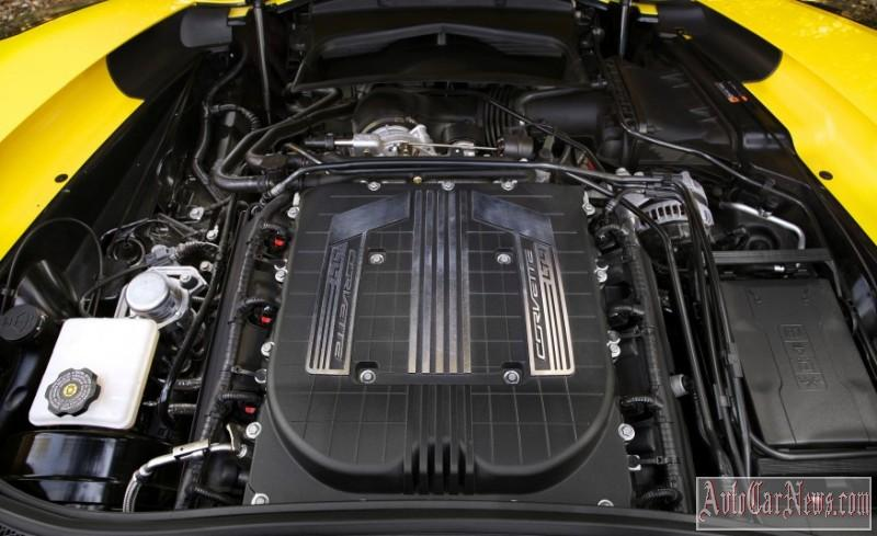 2016_Chevrolet_Corvette_Z06_C7R_Edition-003