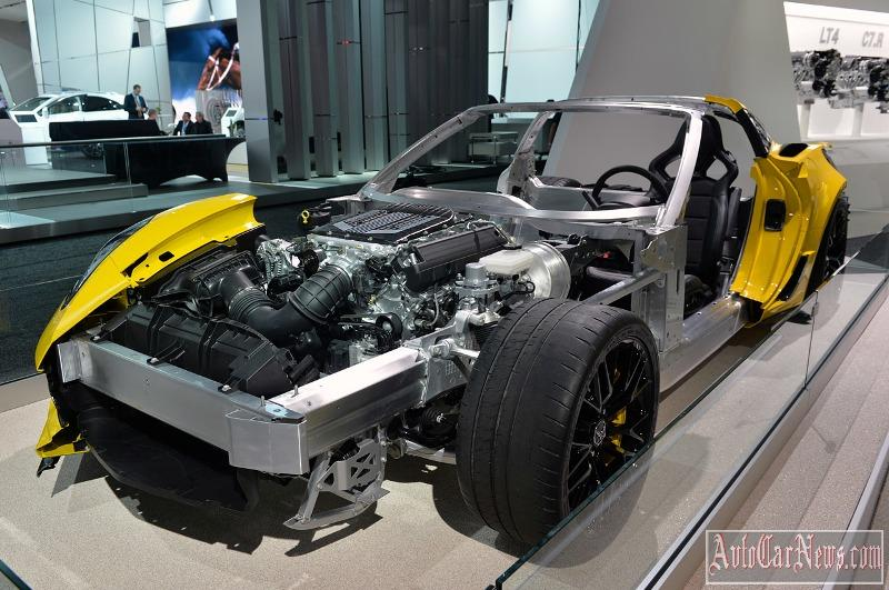 2016_Chevrolet_Corvette_Z06_C7R_Edition-03
