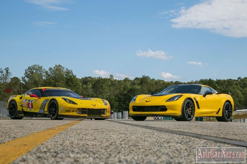2016_Chevrolet_Corvette_Z06_C7R_Edition-13