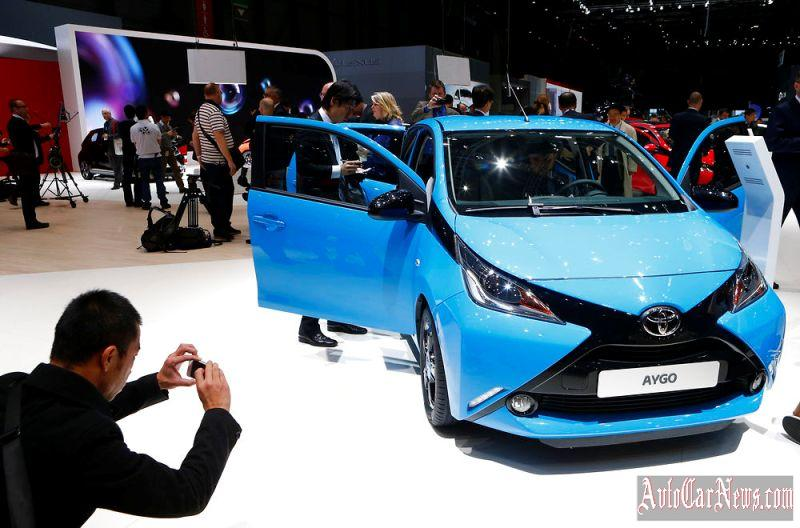 2015-salon-geneve-toyota-aygo-photo