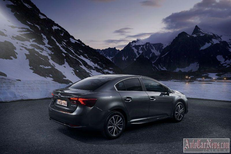 2015_toyota_avensis_photo-02