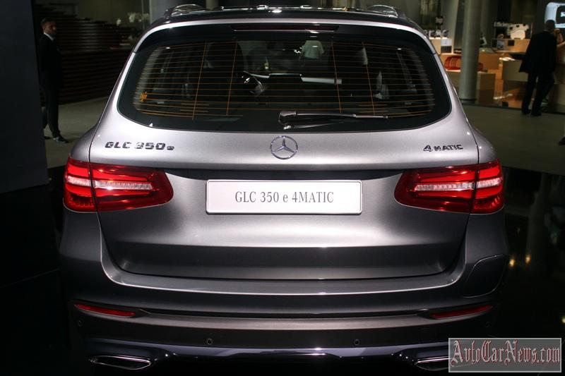 2016-mercedes-glc-350e-photo-21