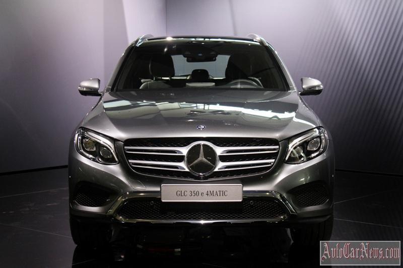 2016-mercedes-glc-350e-photo-22