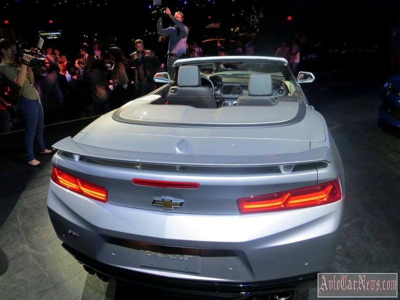 2016-chevy-camaro-convertible-foto-09