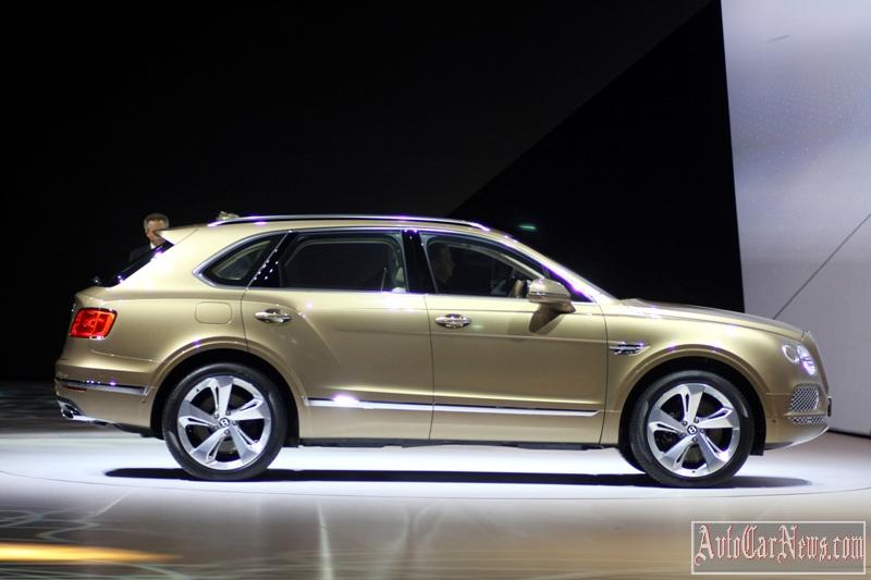 2016-bentley-bentayga-live-03