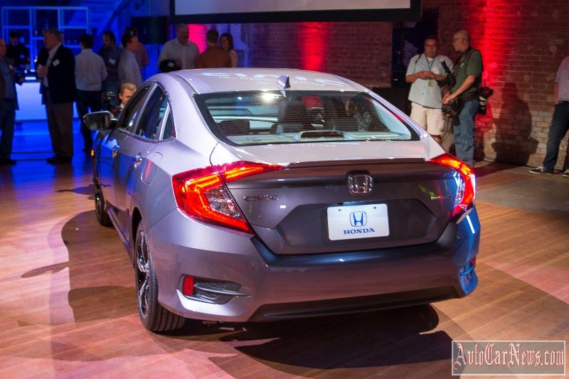 2016_honda_civic_sedan_foto-14