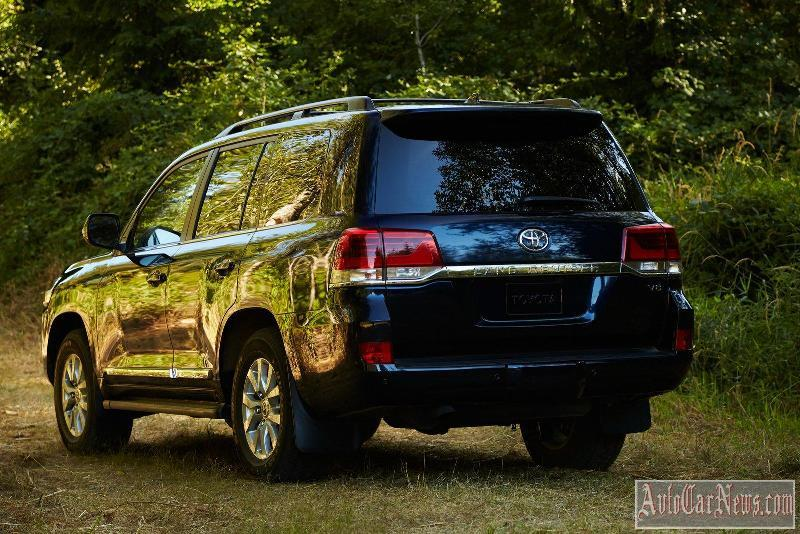 2015_toyota_land_cruiser_200_foto-13