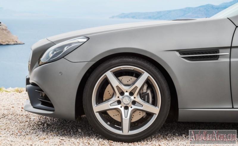 2017-Mercedes-Benz-SLC-class-foto-012