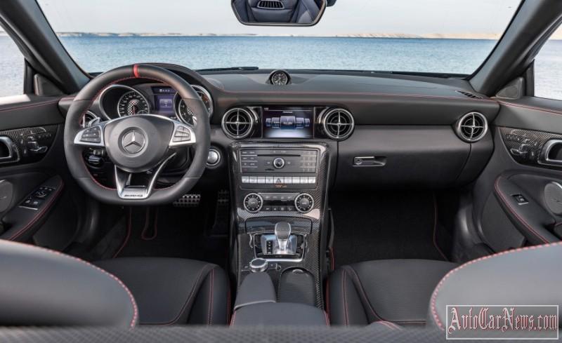 2017-Mercedes-Benz-SLC-class-foto-03